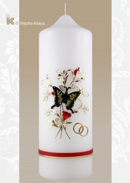 Hochzeitskerze Schmetterling. Der Schmetterling ist aus Wachs gegossen und auf die Kerze montiert
