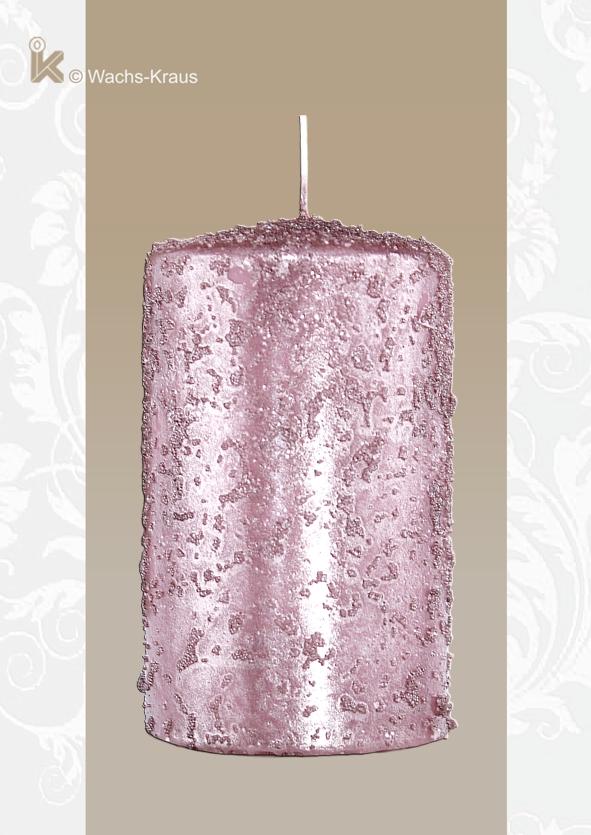 Eine Kerze z.B. für ein Adventsgesteck in außergewöhnlicher Art und Oberfläche. Deutsches Qualitätsprodukt, RAL, Brenndauer ca. 33 Stunden.