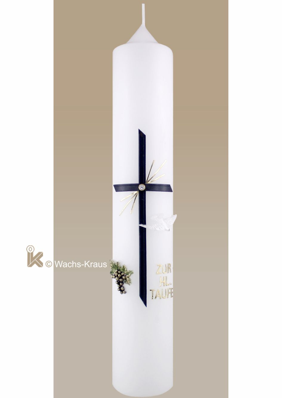 Klassische Taufkerze für Jungen in Gold und blau. Aus Wachs gegossenen Weintrauben und das Kreuz mit Strassstein, aus Wachsbuchstaben der Schriftzug.