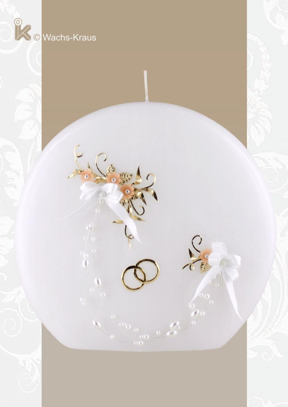 Eine wunderschöne Mischung aus moderner Kerzen-Form und Vintage Designe ist diese Hochzeitskerze in ihrer Scheiben-Form liebevoll verziert.