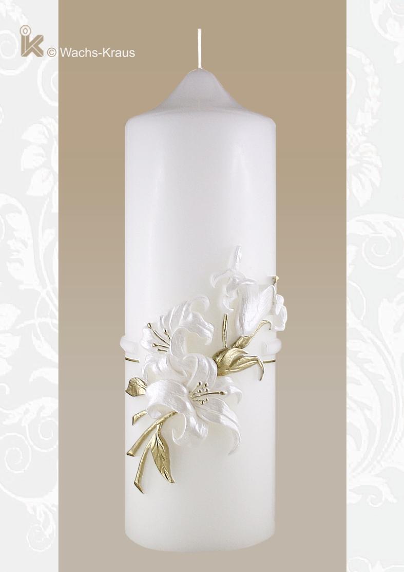 Individuell mit einer Zahl versehen oder einfach als Zierkerze, diese Kerze ist einfach wunderschön und eine Zierde für jedes Heim.