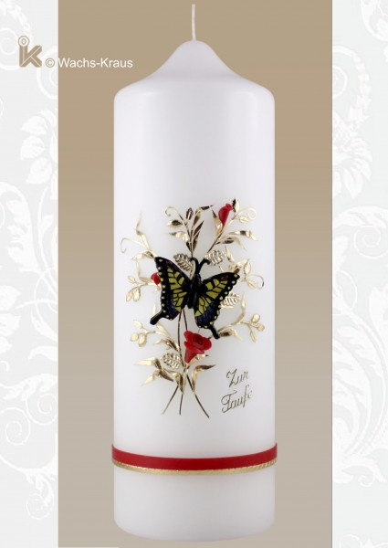 Taufkerze Schmetterling. Der Schmetterling ist aus Wachs gegossen und auf die Kerze montiert
