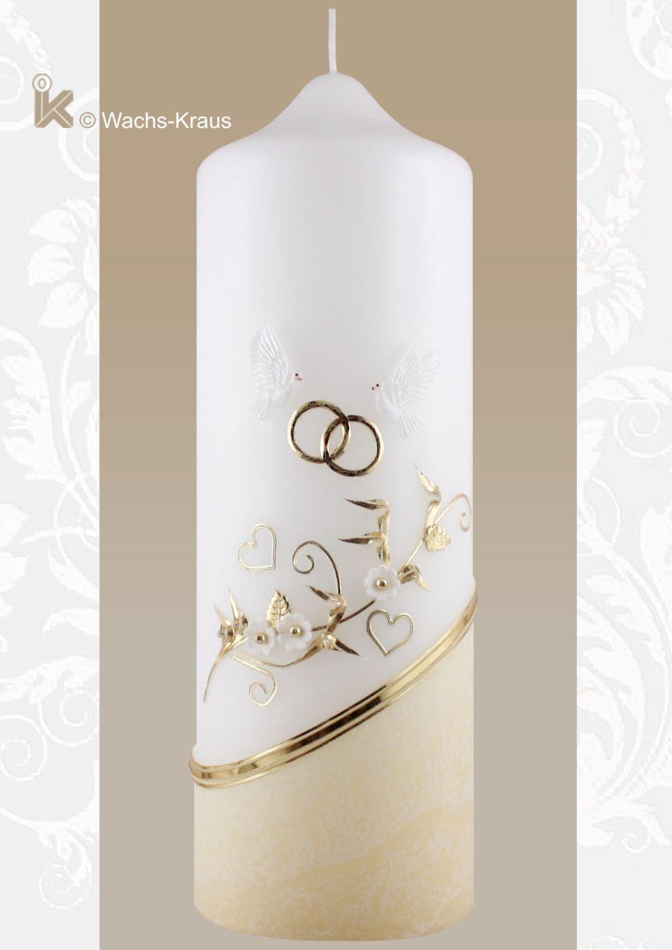 Hochzeitskerze getaucht mit zarter Blumen-Ranke