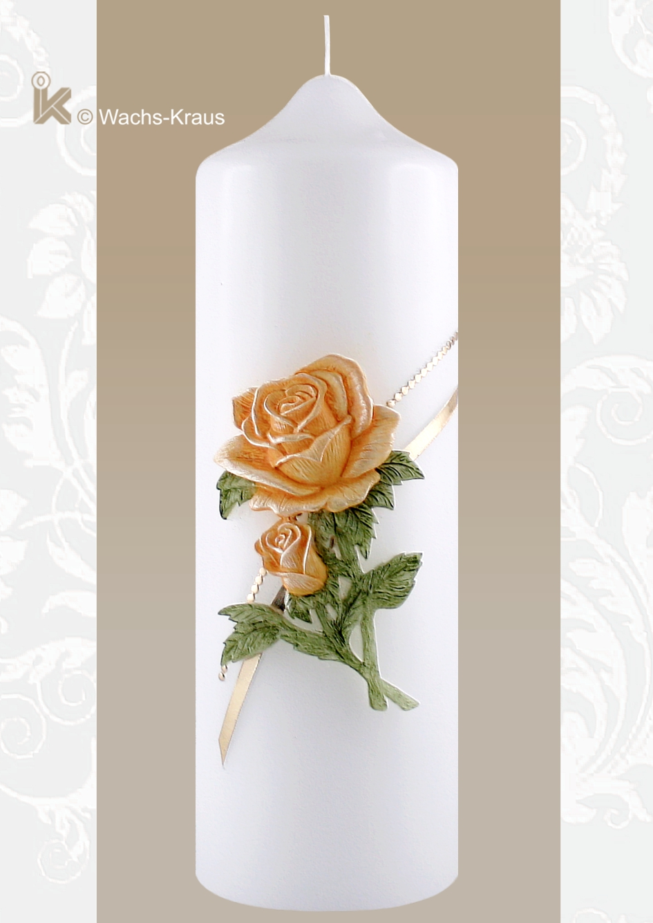Wunderbar plastisch modellierte und aus Wachs gegossene Rosen mit Blättern, dazu eine fein abgestimmte goldene Verzierung, sehr fein von Hand bemalt.