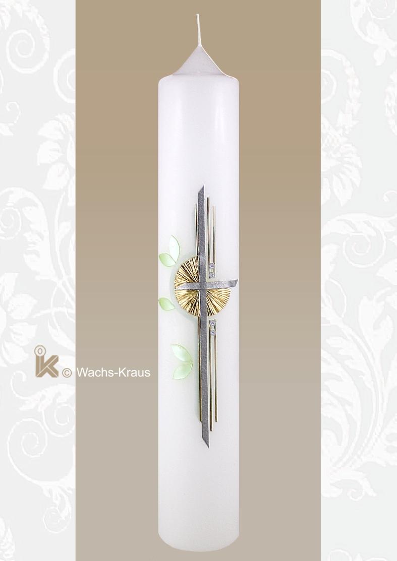 Diese klar strukturierte und farblich neutral gestaltete Taufkerze mit dem matt silbernen Kreuz, dem goldenen Strahlenkranz und mintgrün.