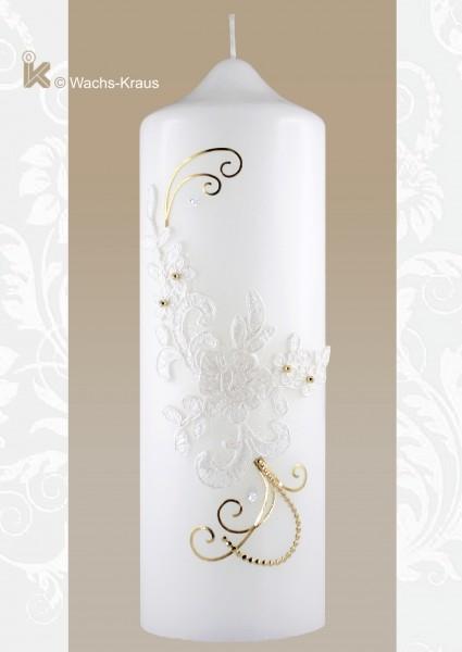 Wunderschöne und exklusive Hochzeitskerze mit einer Wachsapplikation, die einer echten Spitze zum Verwechseln ähnlich sieht, einigen Fäden aus glänzend goldener Wachsplatte und zwei weißen Strasssteinen