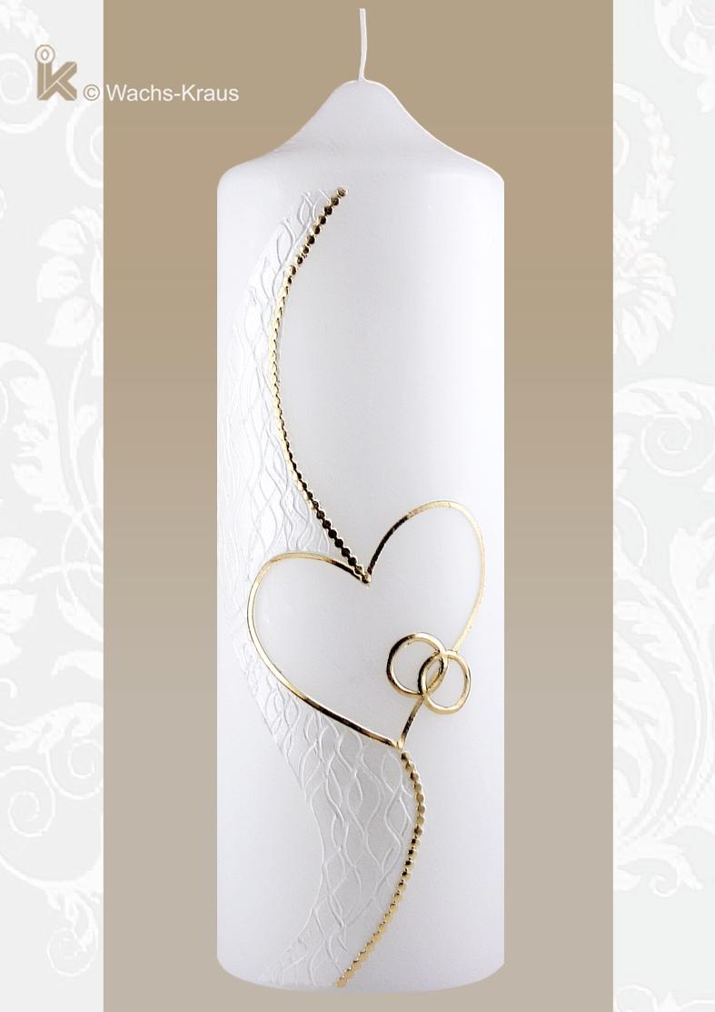 Herrlich dezent ist die Erscheinung dieser edel gestalten Hochzeitskerze mit Perlmutt weißer Strukturwachsplatte, aus der ein halbes Herz geschnitten wurde.